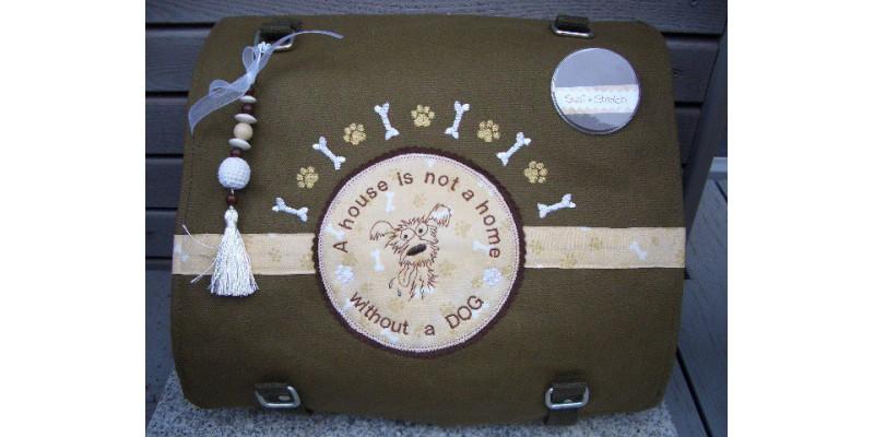 Taschen mit Hundemotiven